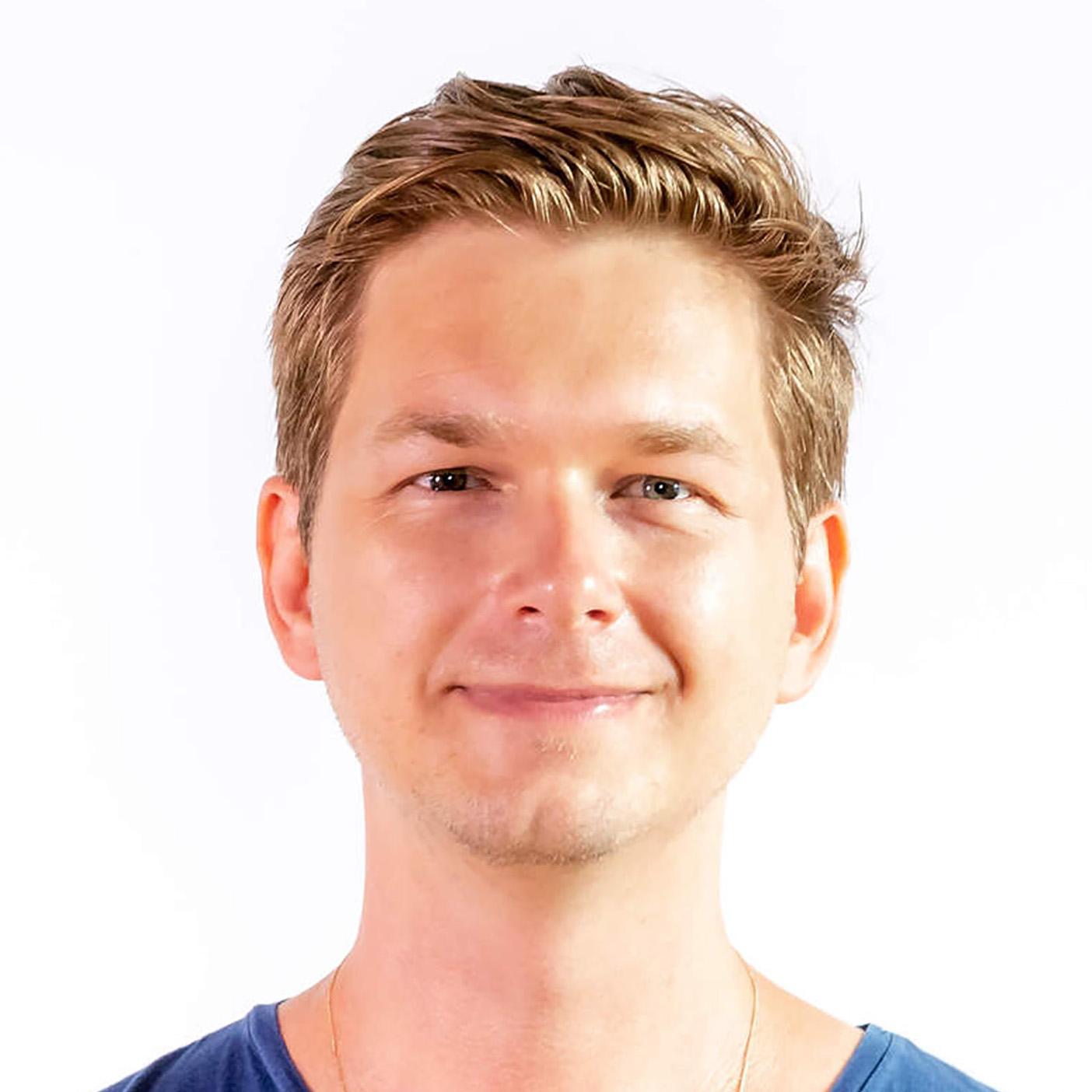 PETER KIELTYKA