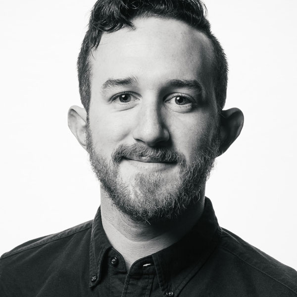 Graham Friedman - Co-Founder of TLDR. Former Senior Photographer at Vaynermedia, brand content pioneer with Snapchat, 360 and VR.